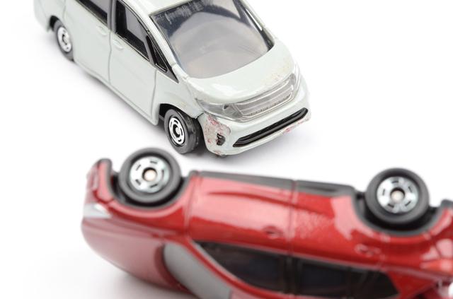 交通事故の「加害者」になったときの対処方法