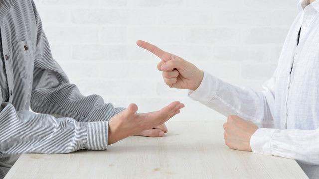 離婚で取り決める条件と流れ~財産分与、慰謝料、養育費~