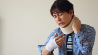 交通事故でむち打ちになった!症状や治療法、正しい対処方法を弁護士が解説!