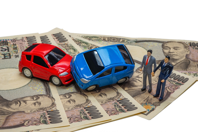 交通事故を弁護士に相談するメリット・デメリットと、費用負担を軽くする方法